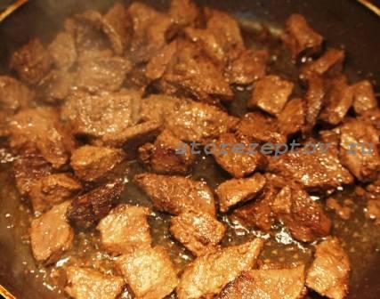 Обжаренное на сковороде мясо