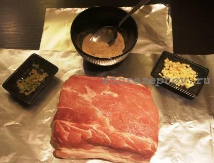 Ингредиенты для приготовления домашней буженины