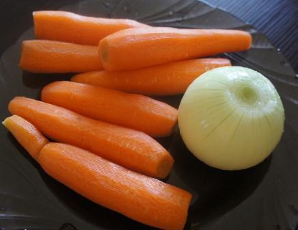 Лук и морковь для кабачков по-корейски