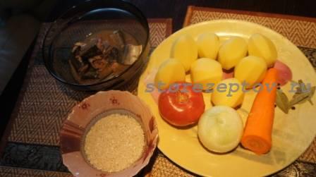 Ингредиенты для супа из консервы сайры