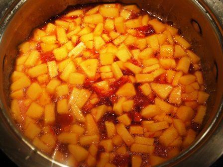 В сироп с вишней добавлены кабачки