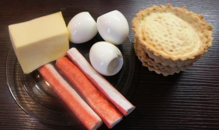 Ингредиенты для тарталеток с начикой из крабовых палочек