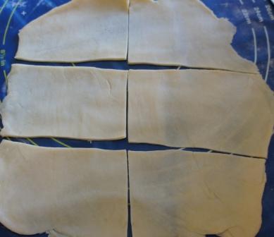 Раскатанное песочное тесто