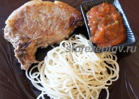 Антрекот в духовке: рецепт в фольге сочного мяса свинины на косточке + пошаговое фото