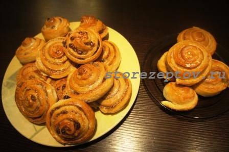 Булочки Улитки с корицей, сахаром, изюмом: рецепт пошаговый с фото