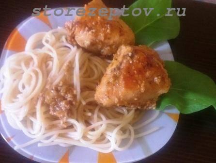 Кусочки курицы со спагетти