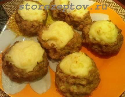 Рецепт мясных гнезд из фарша с начинкой из картошки, фото пошаговое