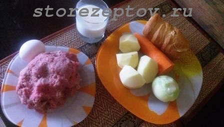 Ингредиенты для приготовления мясных гнезд из фарша