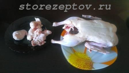 Подготовка утки к запеканию в духовке