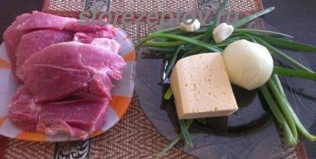 Необходимые продукты для приготовления свиных отбивных