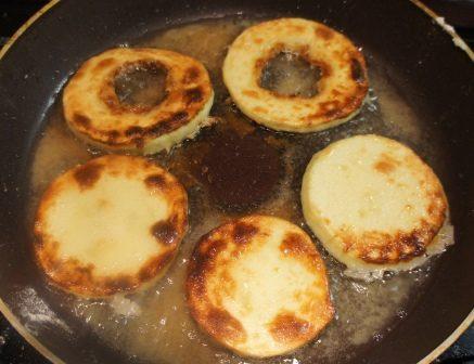 Жаренные на сковороде кабачки