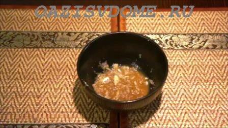 Перец с чесноком в кипятке