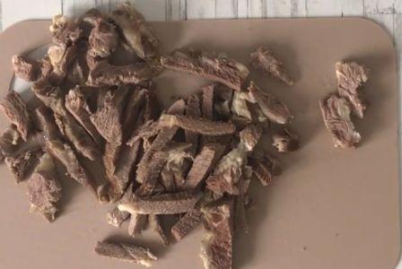Нарезка говядины для салата