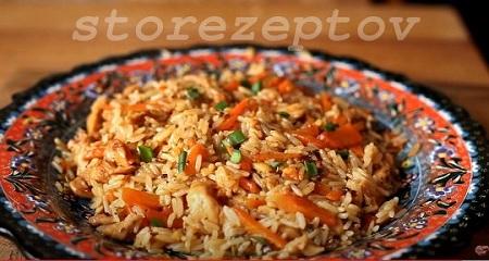 Курица тушеная с рисом и овощами на сковороде пошагово с фото